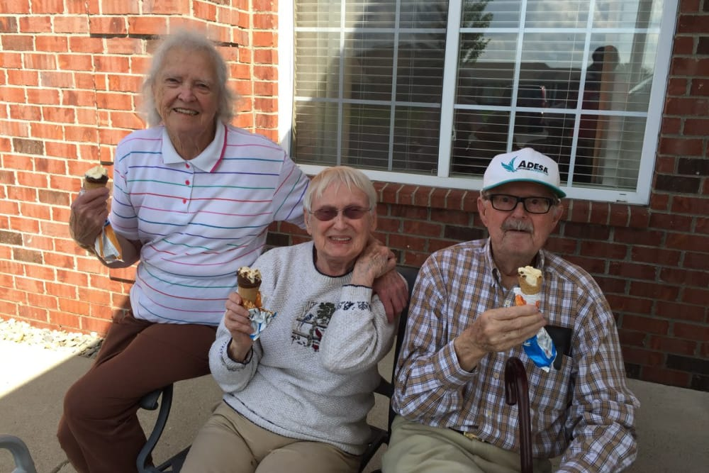 Residents with ice cream cones at Forest Glen Health Campus in Springfield, Ohio