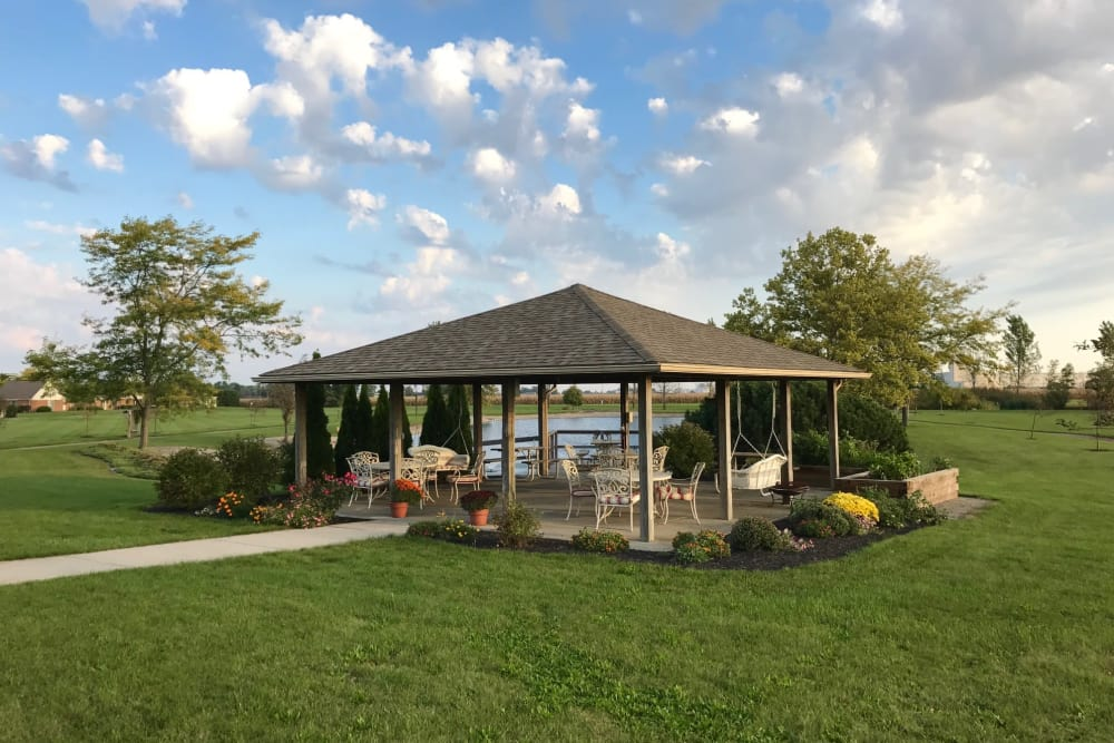 Gazebo with seating at The Meadows of Leipsic in Leipsic, Ohio