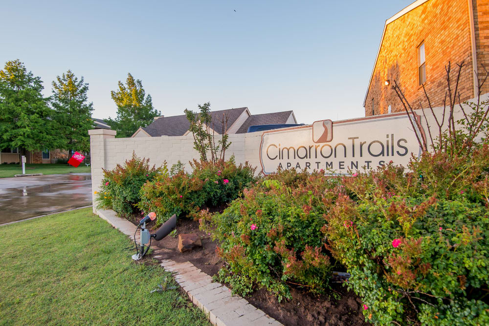 Front sign at Cimarron Trails Apartments in Norman, Oklahoma