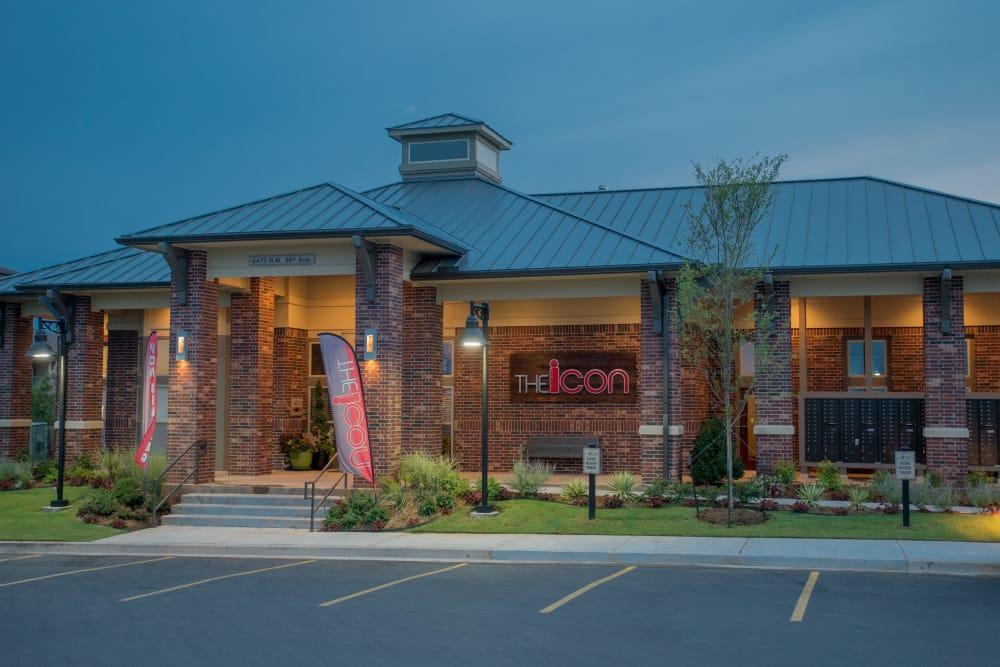 Exterior of the clubhouse at Icon at Norman in Norman, Oklahoma