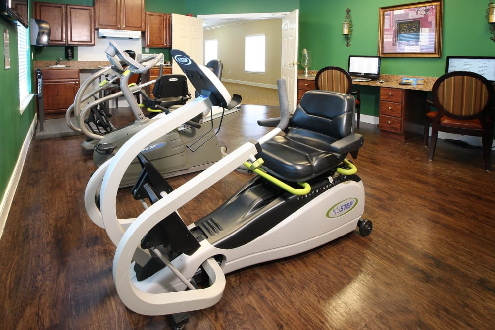 Fitness center at Reunion Court of Kingwood in Kingwood, Texas