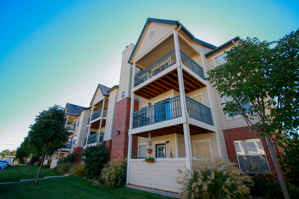 Winchester Apartments' apartment building in Amarillo, Texas