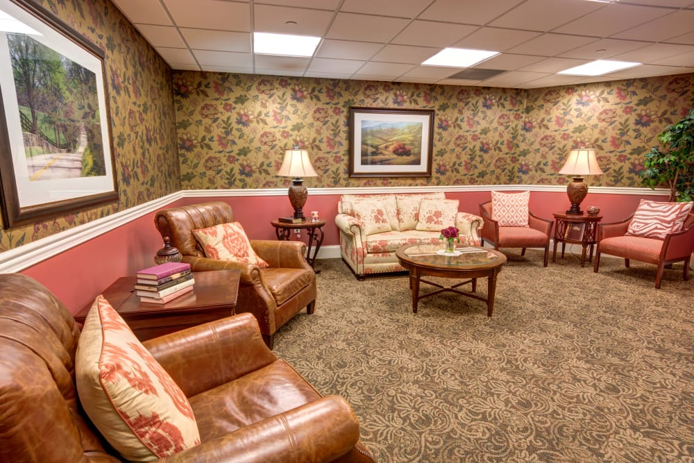 Community lounge at Symphony at Valley Farms in Louisville, Kentucky