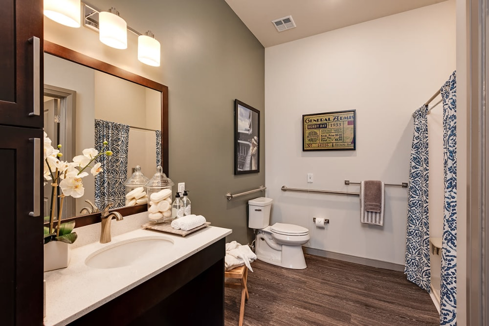 Spacious Bathroom at Stonecrest of Louisville