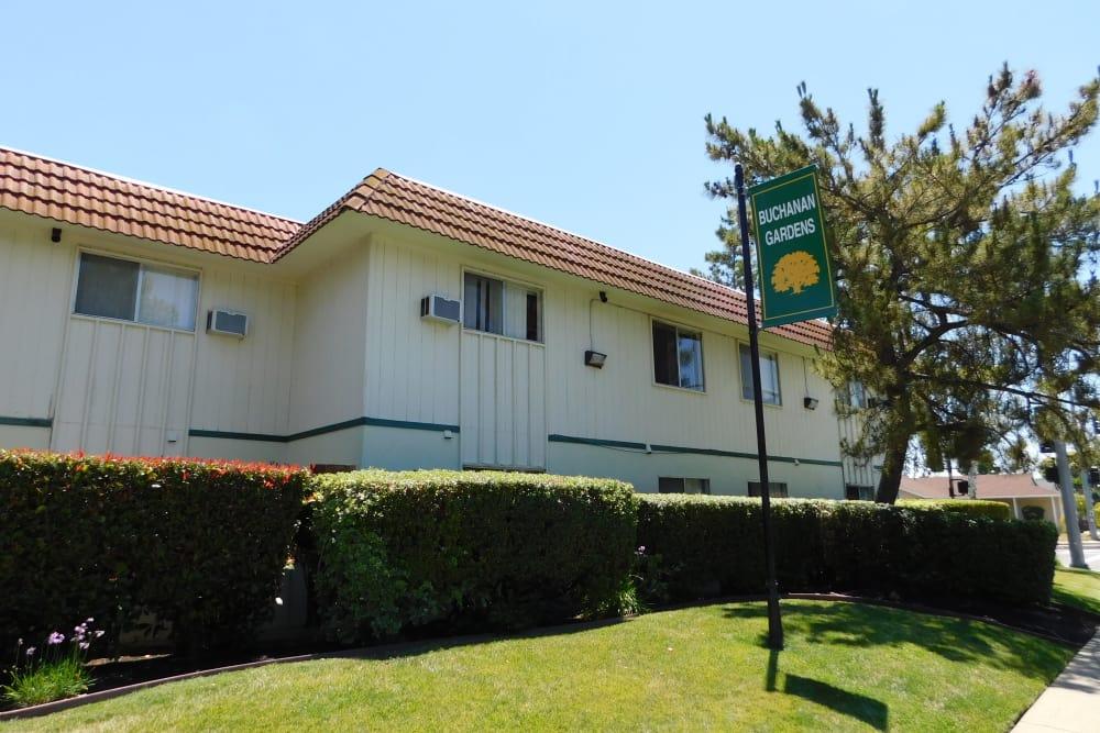 Beautiful apartments at Buchanan Gardens in Antioch, California