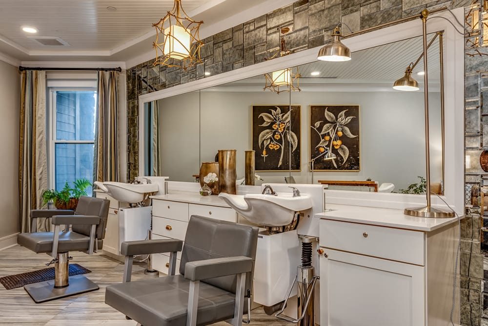 Elegant Salon at Stonecrest of Town & Country