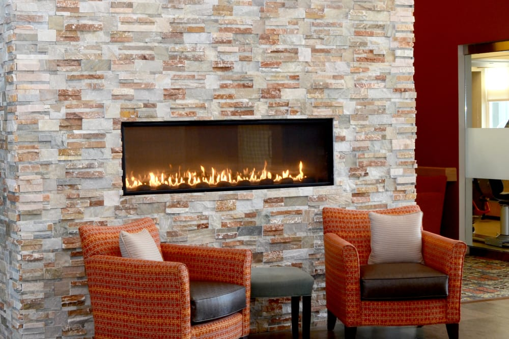 Cozy seating in the lobby at Wellbrooke of Avon in Indianapolis, Indiana