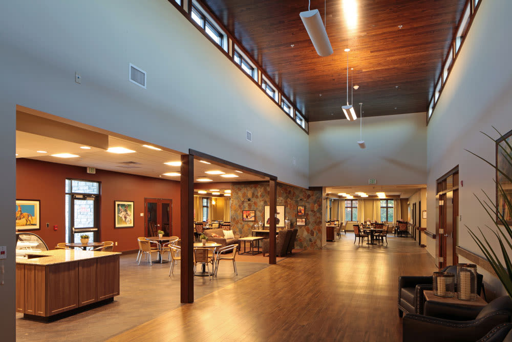 Community dining area for residents at Wellbrooke of Crawfordsville in Crawfordsville, Indiana