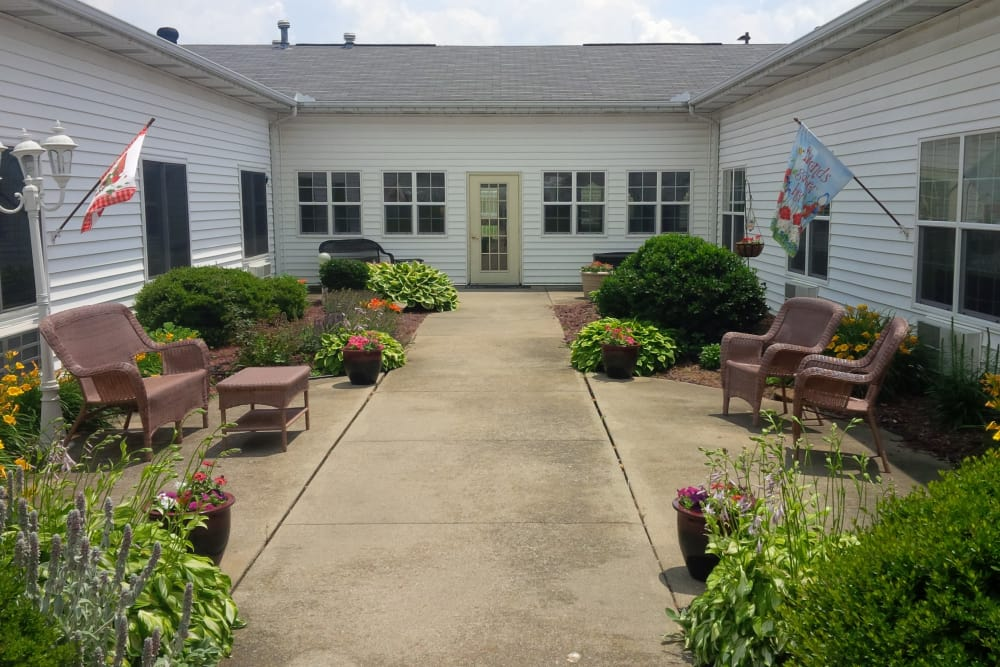 Outdoor seating at Amber Manor Care Center in Petersburg, Indiana