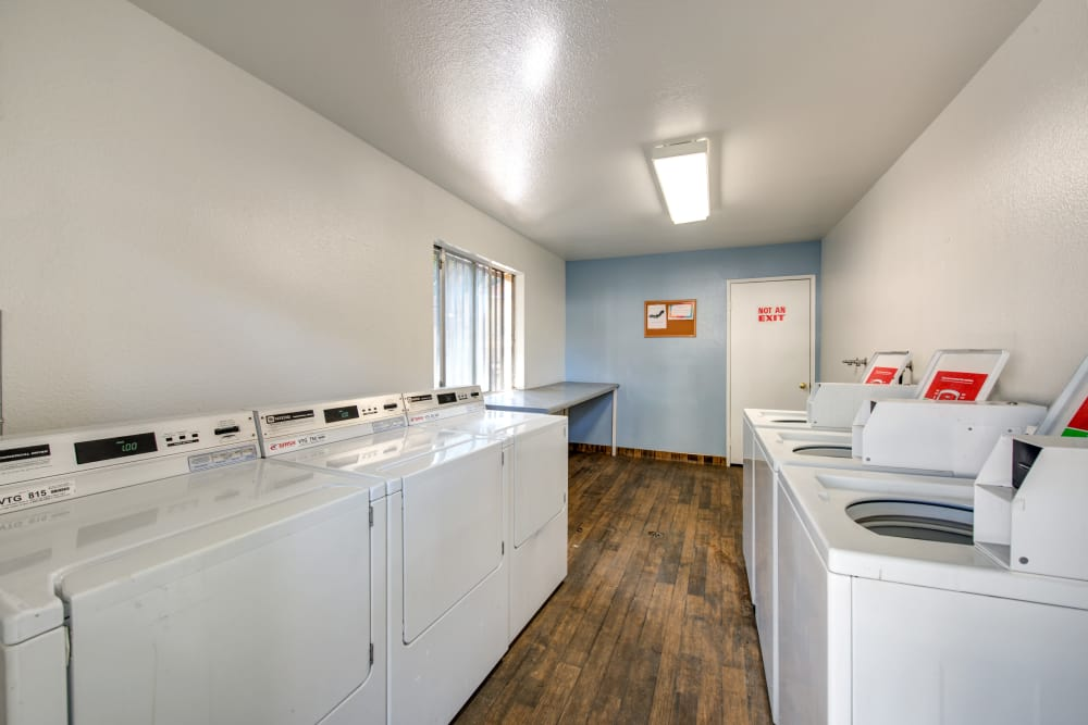 Onsite laundry facility at Sienna Heights Apartment Homes in Lancaster, California