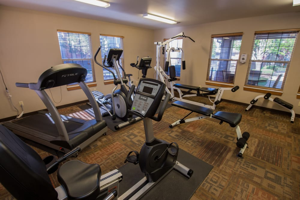 Huntington Park Apartments offers a fitness center for residents in Wichita, Kansas