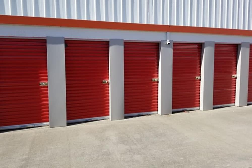 Drive-up units to Trojan Storage in Sacramento, California