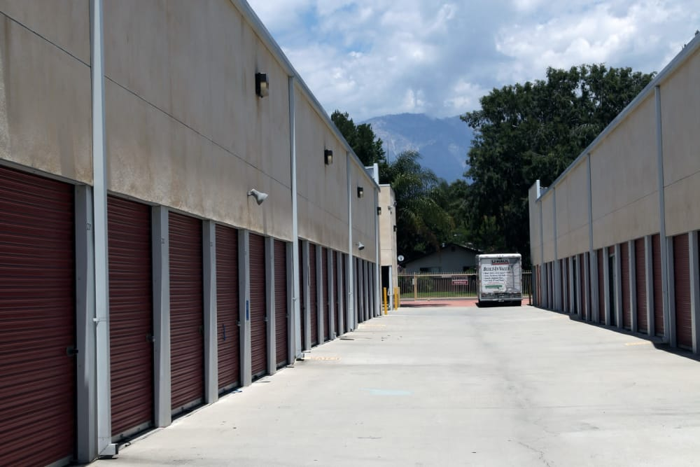 Ground-level storage Trojan Storage in Ontario, California