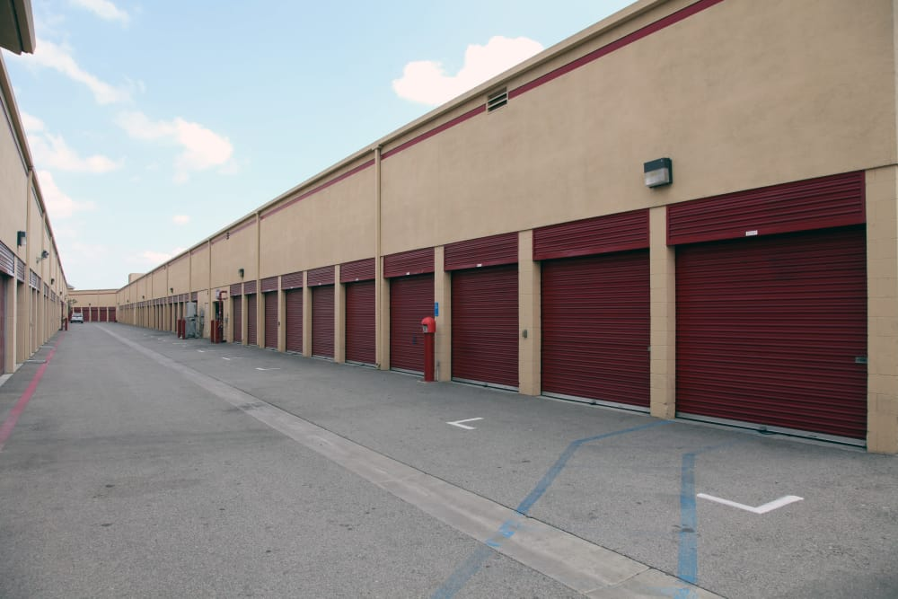 Drive-up access at Trojan Storage in Sun Valley, California