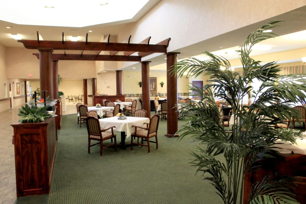 Community dining room at Avalon Springs Health Campus in Valparaiso, Indiana