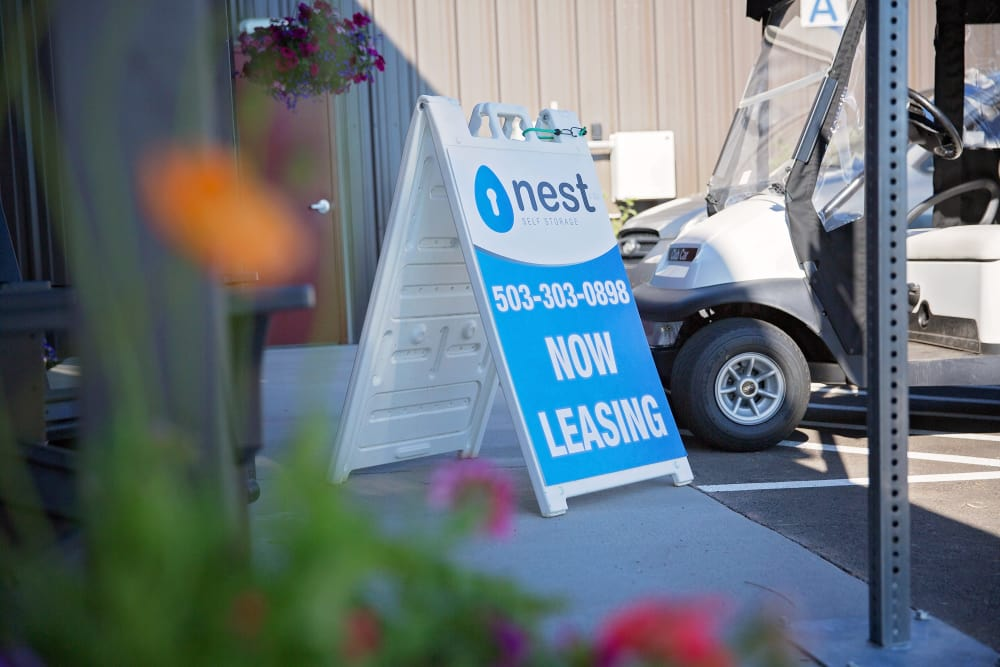 Now Leasing sign at Nest Self Storage in Salem, Oregon