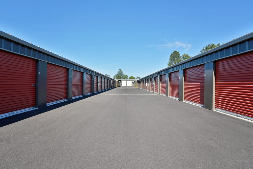 Wide Driveway with Storage Units on either side at Nest Self Storage in Salem, Oregon