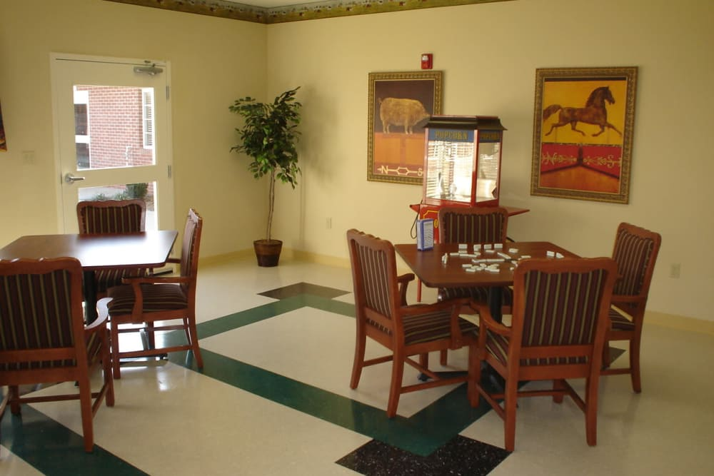 Social room at Hampton Oaks Health Campus in Scottsburg, Indiana