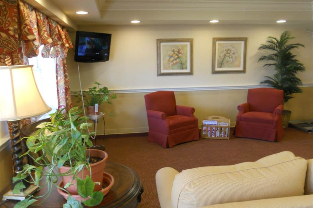 Naturally well-lit  social room at Highland Oaks Health Center in McConnelsville, Ohio