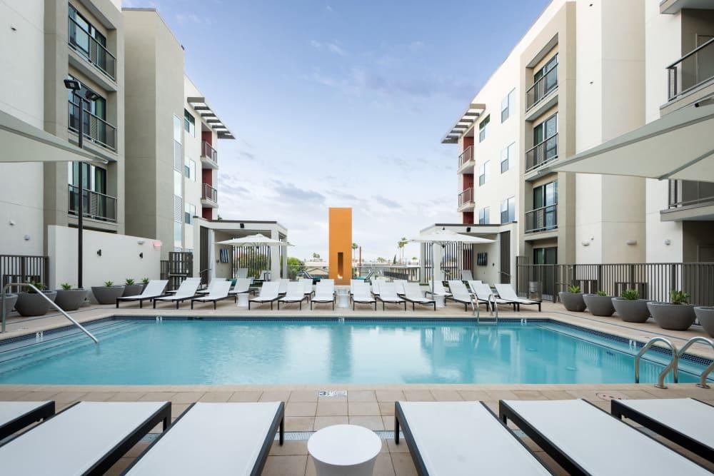 Beautiful swimming pool at Capital Place in Phoenix, Arizona
