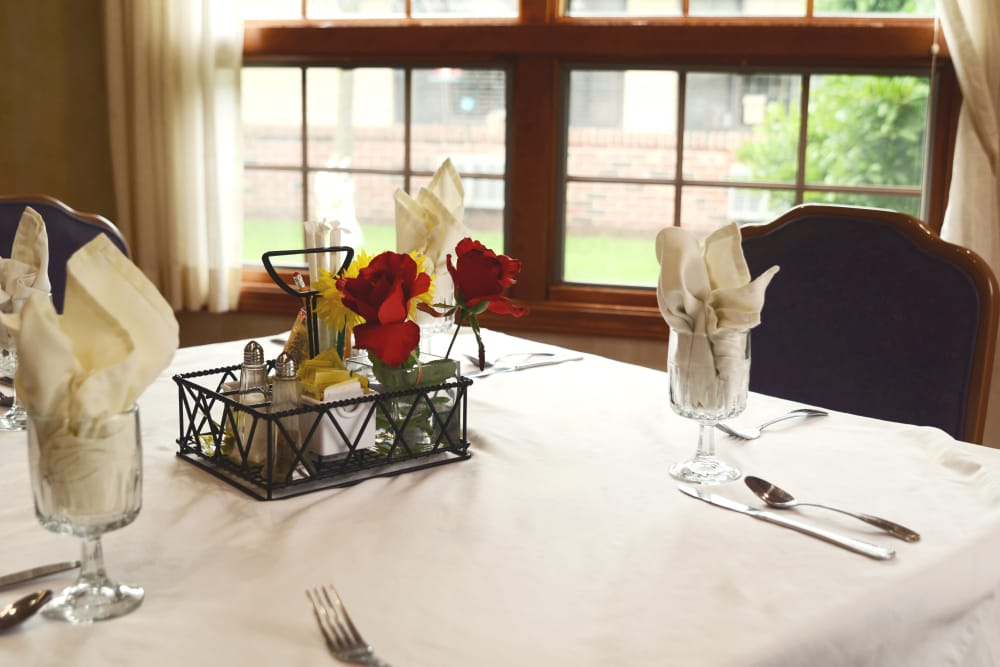 Elegant dining room at St. Elizabeth Healthcare Campus in Delphi, Indiana