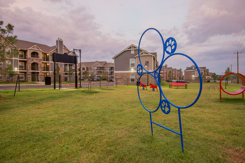 Onsite dog park at Scissortail Crossing Apartments in Broken Arrow, Oklahoma