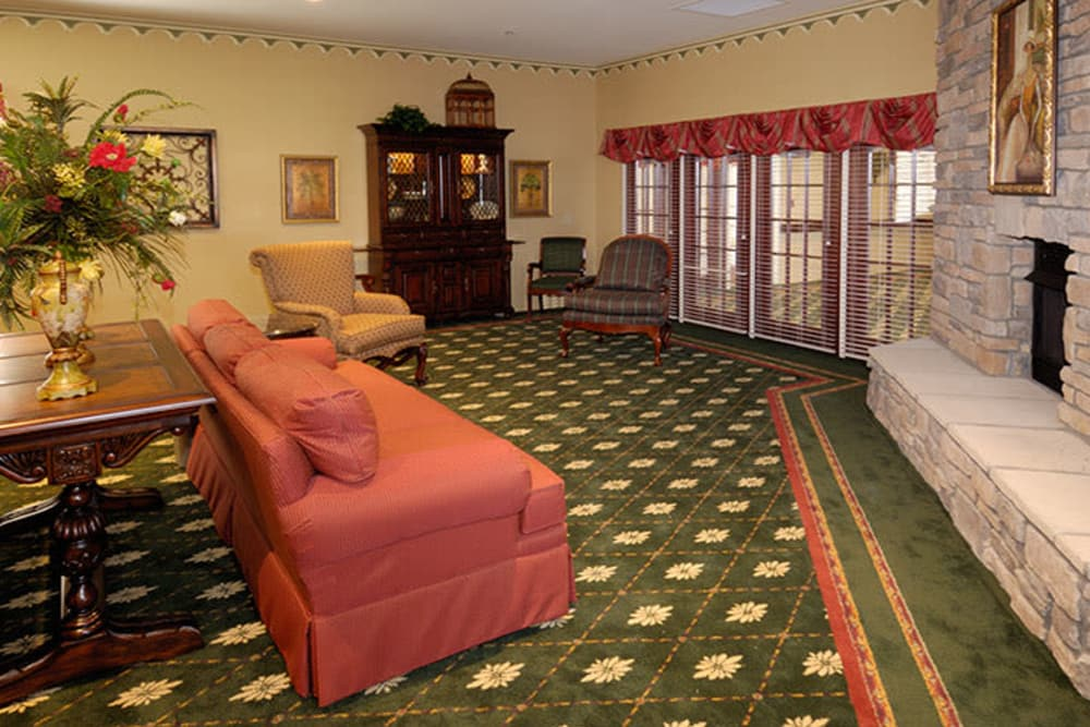 Parlor at Waterford Crossing in Goshen, Indiana