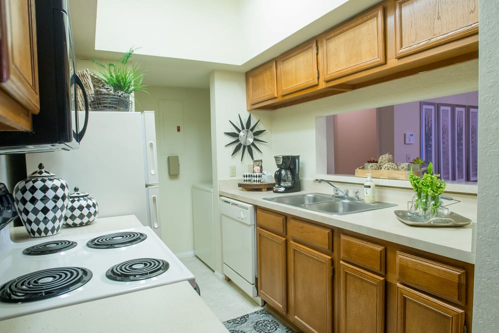 The Courtyards offers fully equipped kitchens in Tulsa, Oklahoma