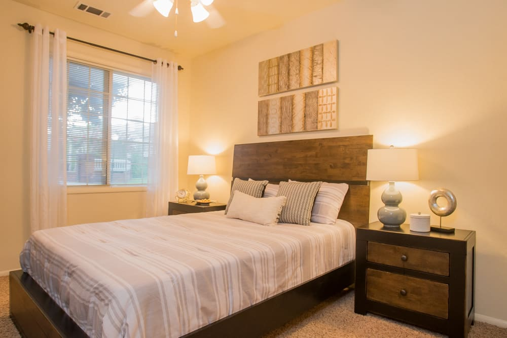 The Courtyards offers spacious bedrooms in Tulsa, Oklahoma