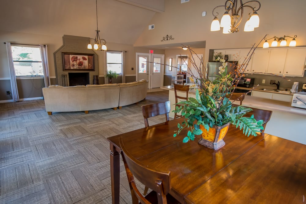 Clubhouse dining area at The Mark Apartments in Ridgeland, Mississippi
