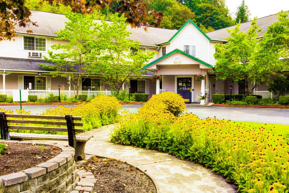 Cascade Valley Senior Living in Arlington entrance
