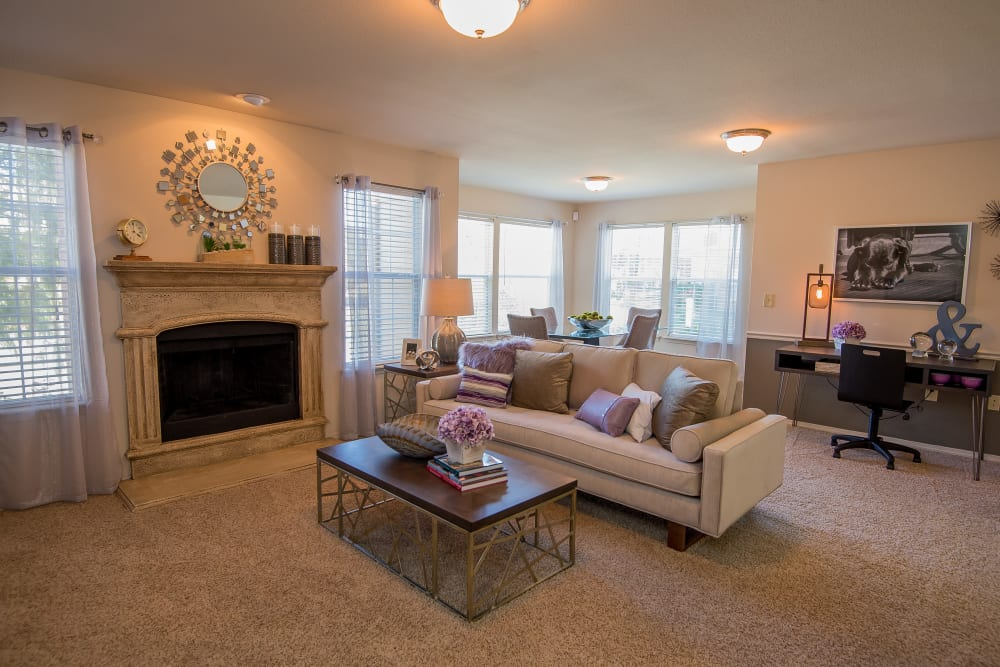 Villas at Aspen Park offers spacious living rooms in Broken Arrow, Oklahoma
