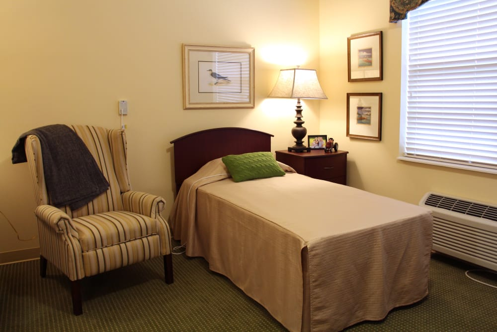 A resident bedroom at The Willows at Howell in Howell, Michigan