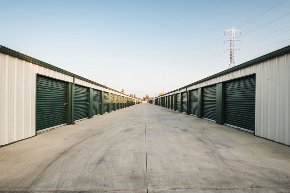 Exterior units at Stor It Self Storage in Bakersfield, CA