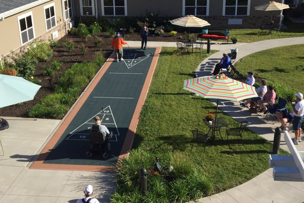 The Springs at Lafayette has outdoor activities for seniors.