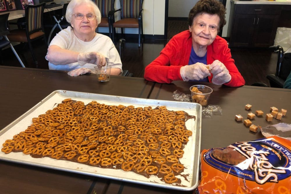 two residents making snacks at Novi Lakes Health Campus in Novi, Michigan
