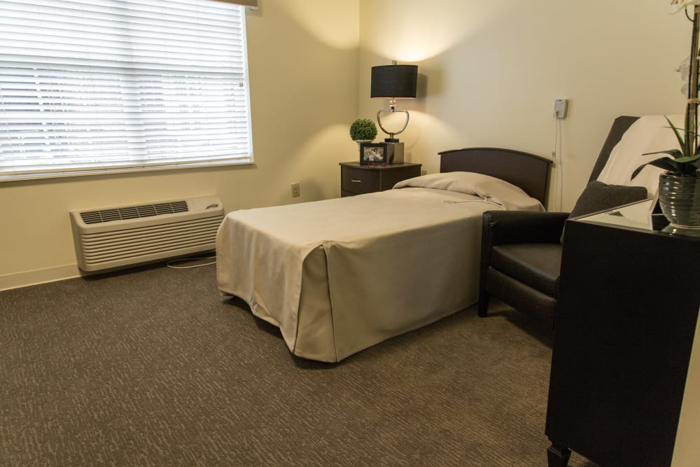 Resident bedroom at Novi Lakes Health Campus in Novi, Michigan