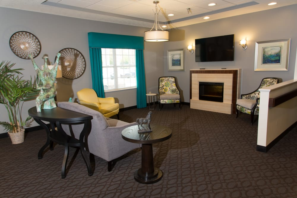 Fireside seating for residents at Paddock Springs in Warsaw, Indiana