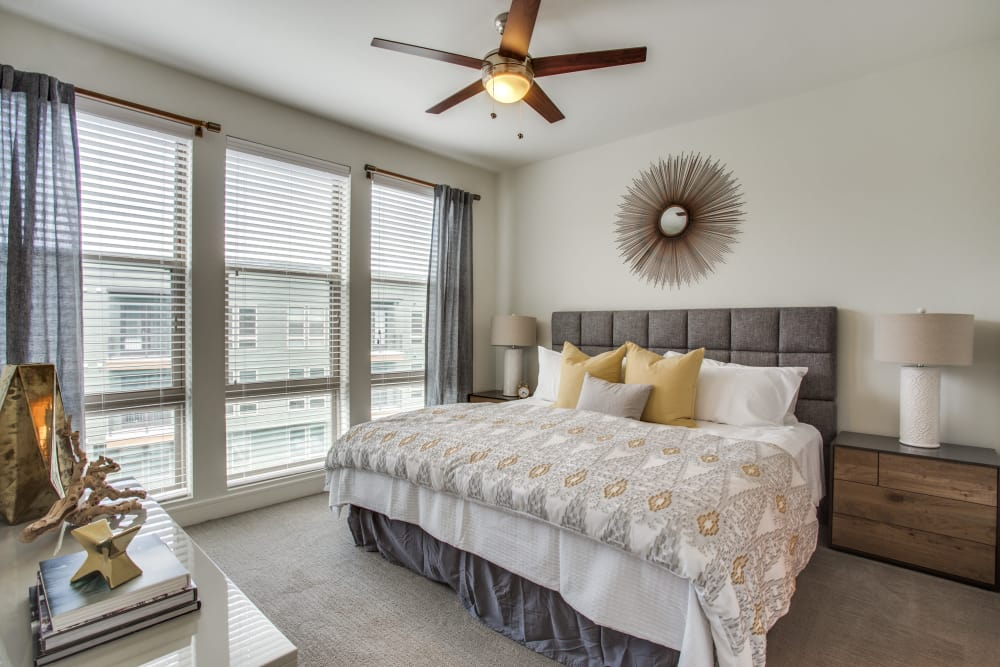 The Ellison offers comfortable bedrooms in Dallas, Texas