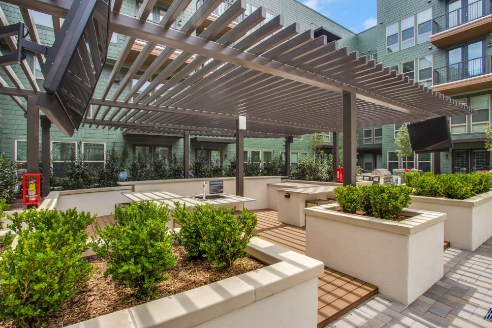 Beautiful outdoor lounge area at The Ellison in Dallas, Texas
