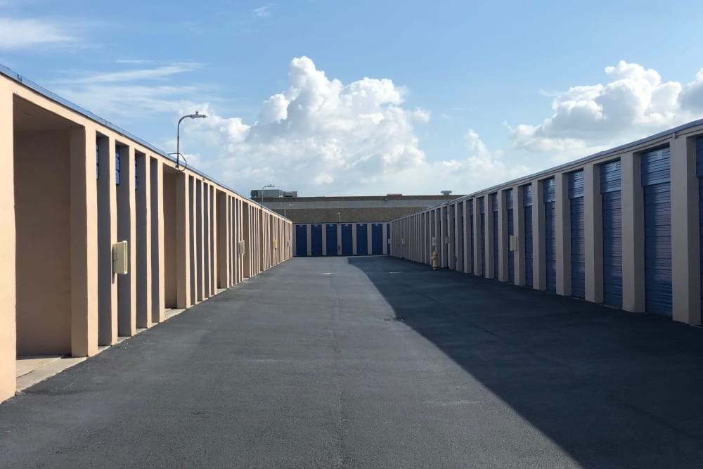 Outdoor units at Top Self Storage - 167th St