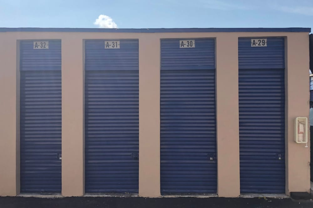 Drive up units at the self storage facility in Miami Gardens, FL