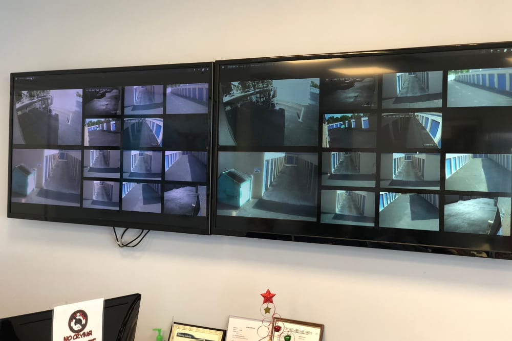 Video surveillance at Top Self Storage - 167th St