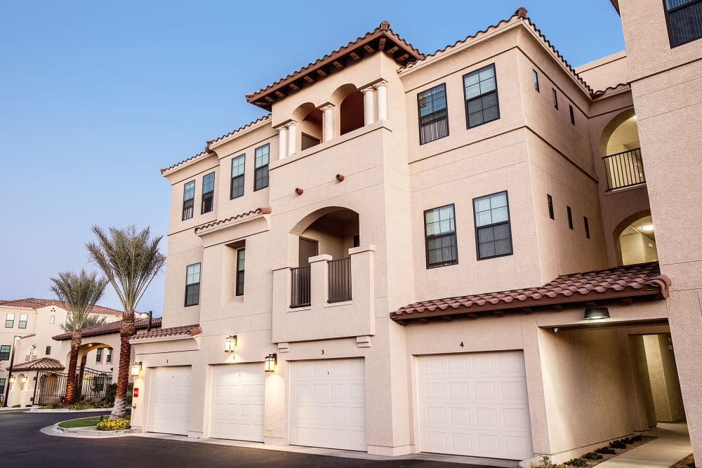 Exterior view of resident building with available garages at San Marquis in Tempe, Arizona