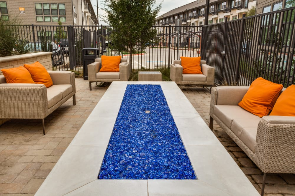Outdoor lounge area at Atwood at Ellison in Dallas, Texas