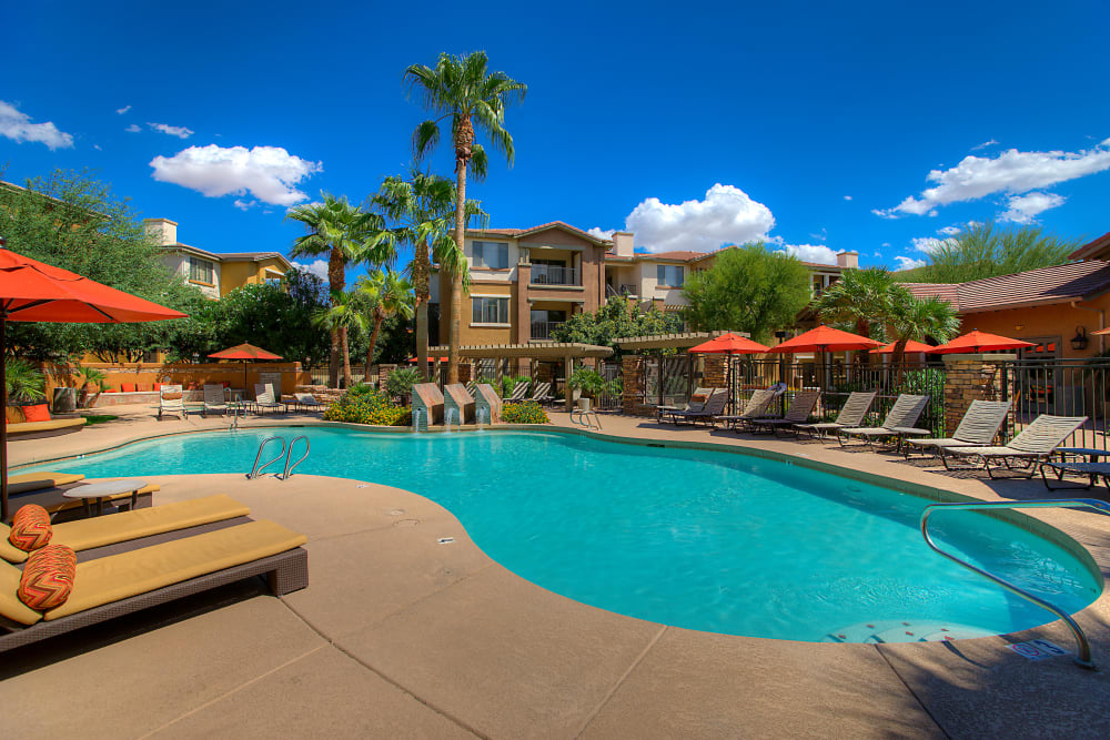 Beautiful swimming pool on a sunny day at Borrego at Spectrum in Gilbert, Arizona