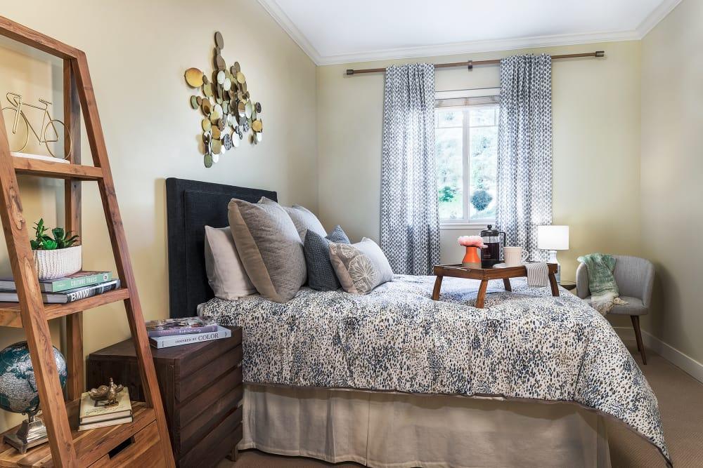Sage Mountain apartment