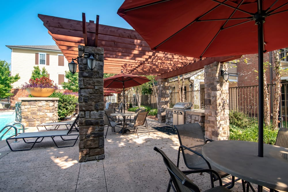 Sitting area by the pool at Cantare at Indian Lake Village in Hendersonville, Tennessee