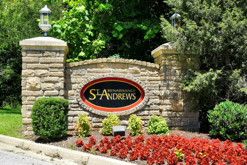 Monument sign welcomes residents and their guests to Renaissance St. Andrews in Louisville, Kentucky