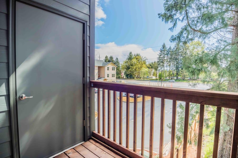 Private patio at River Ridge Apartments in Tualatin, Oregon